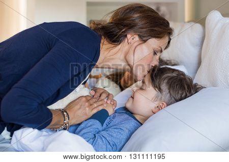 family-w-131111195